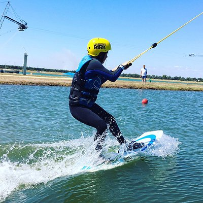 Perth Wake Park - beginners lake