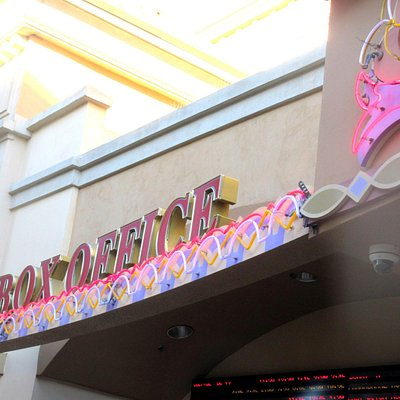 Box Office, Maya Cinemas, Salinas, Ca