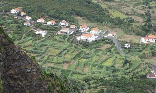 Вид со смотровой площадки на поселок