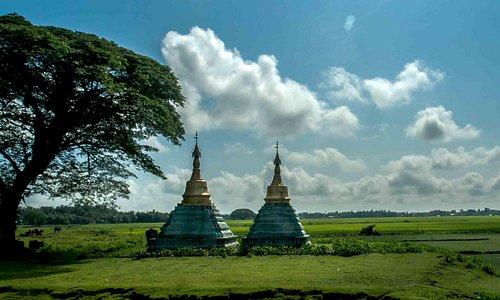 small pagoda in kway tha township, Rakhine By Sigit Pramono