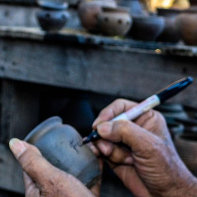 Fidel Antiporda Go signing a burnay