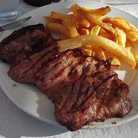 churrasco de cerdo  fugoso y la carne tierna