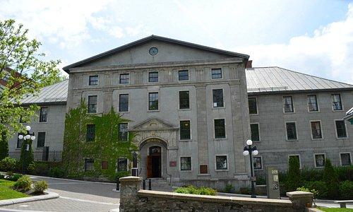 Morrin Centre Exterior / Extérieur du Morrin Centre