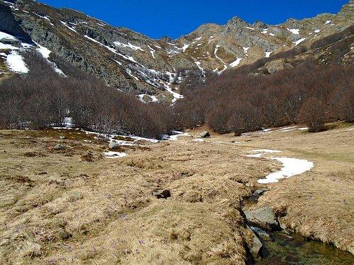 Sorgenti del fiume Secchia ad inizio primavera
