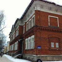 Здание уездной земской больницы