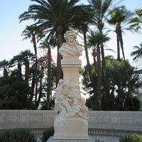 Hector Berlioz Statue