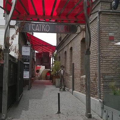 Theater im Stadtteil Bellavista