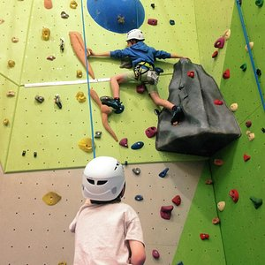 Young climbers at Wall in the Hall