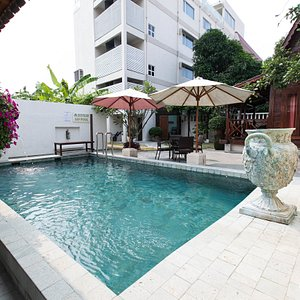 The Pool at The Settlement Hotel
