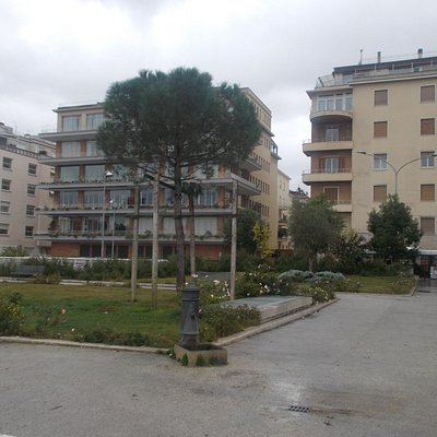 Piazza delle Muse - 1