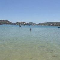 Praia Ferradura