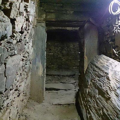 将軍塚古墳の入口付近