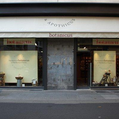 boutique 14 rue lafayette