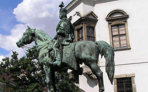 the famous hussar