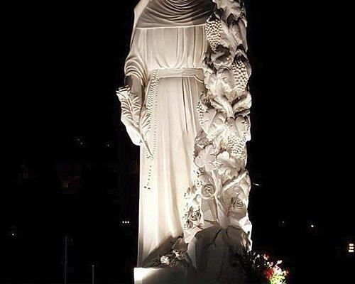 Statua di Santa Rita a Cascia