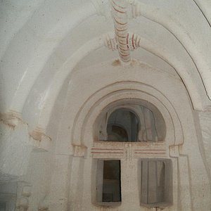 Kolonlu Kilise