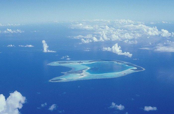 L'isola fotografata dall'aereo