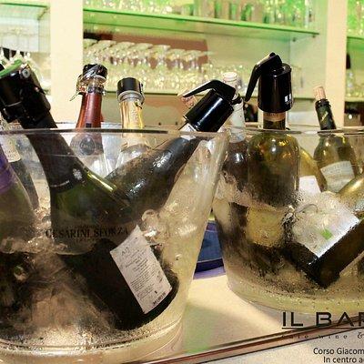 degustazione vini italiani ed esteri