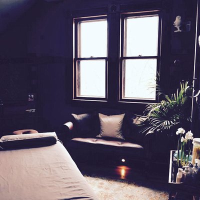 Feel relaxed right when you walk in to NK