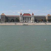 De Technische Universiteit Boedapest