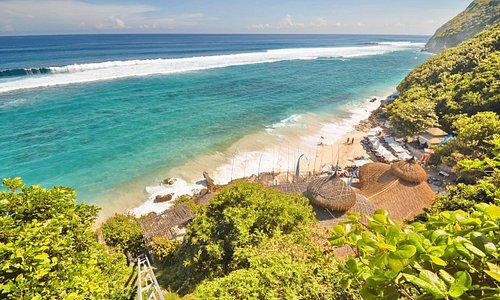 karma beach pecatu