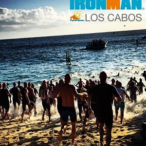 Participation of Los Cabos Yacht in oversees the safety on IRONMAN