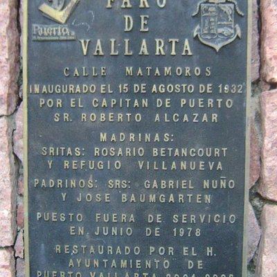 La placa del Faro