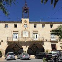 Вид на здание Ayuntamiento