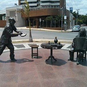 Estátuas de Jackson do Pandeiro e Luiz Gonzaga