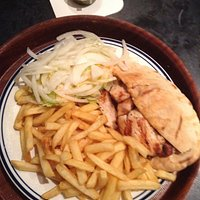 Medium kebab & medium chicken kebab with chips, great. Fast home delivery.