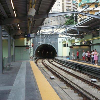 stazione Brignole - entrata nella galleria