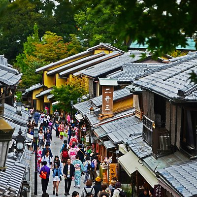 02 Streets Of Gion