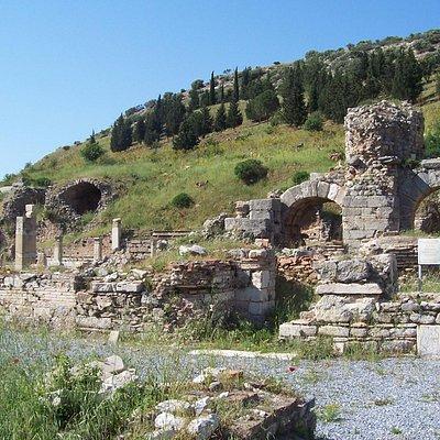 Бани Вариуса