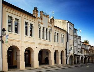 Fachada Teatro Coliseo Noela