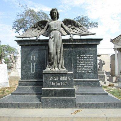 Un mausoleo