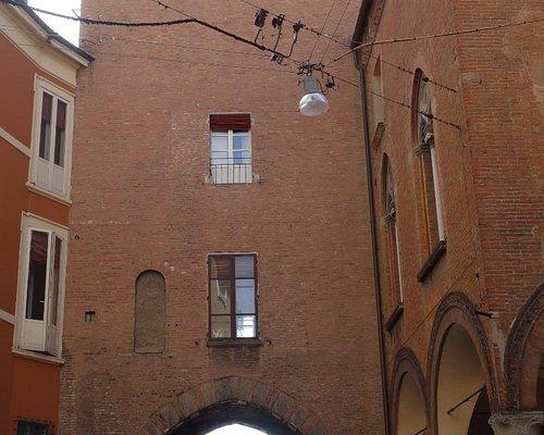 Torresotto di Via Castiglione, Bologna