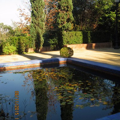Laribal garden water feature