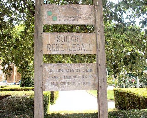 Square René Le Gall Sign