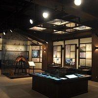 絹の道資料館の展示室