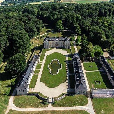 Domaine de Kerguéhennec vu du ciel. Photo www.abdrone.fr