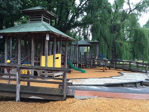 Playground Howitt Park