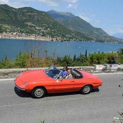 Slow Drive - Vintage Car Rental