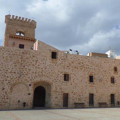 крепость в 2 этажа