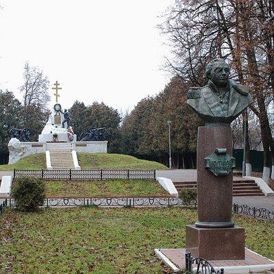 Главный памятник в Малоярославце