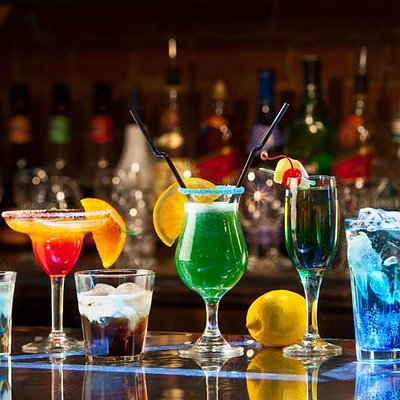Cocktail Pub Crawl