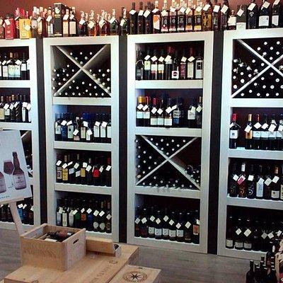 Atrox Wine Store
