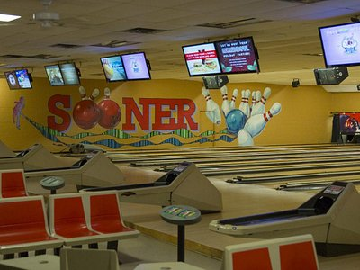 24 lanes at Sooner Bowling Center
