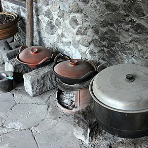 traditional roasting with charcoal and clay pot