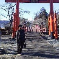 涼ヶ岡八幡神社の入り口