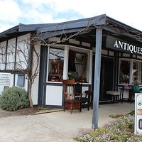 Street view of Denmark Antiques